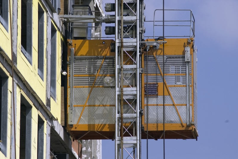 High Performance Construction Hoist Elevator , Personnel And Materials Hoist